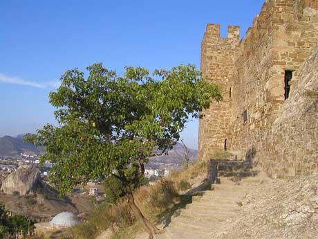 Куртина V з укріпленим входом до Консульского замку