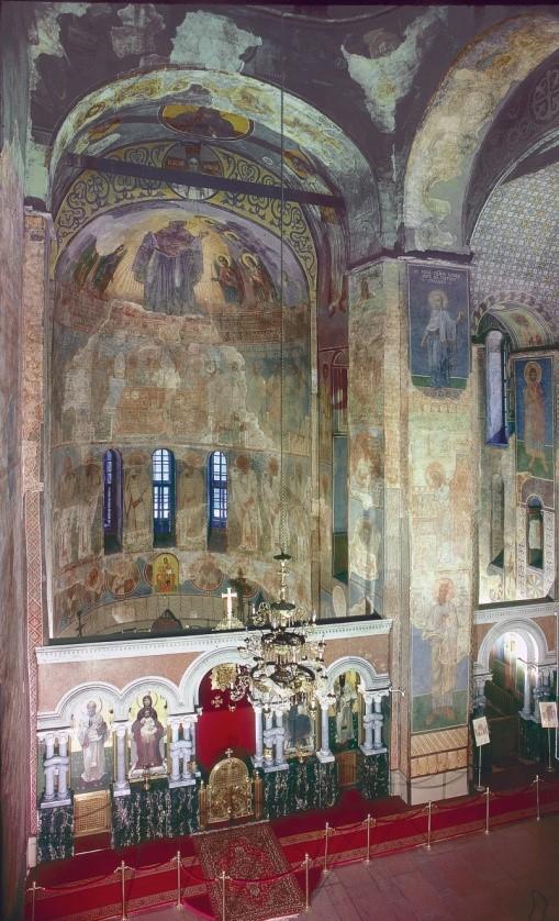 Історія реставрації живопису храму